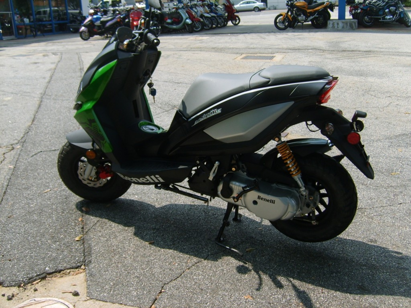 Benelli Scooter #12
