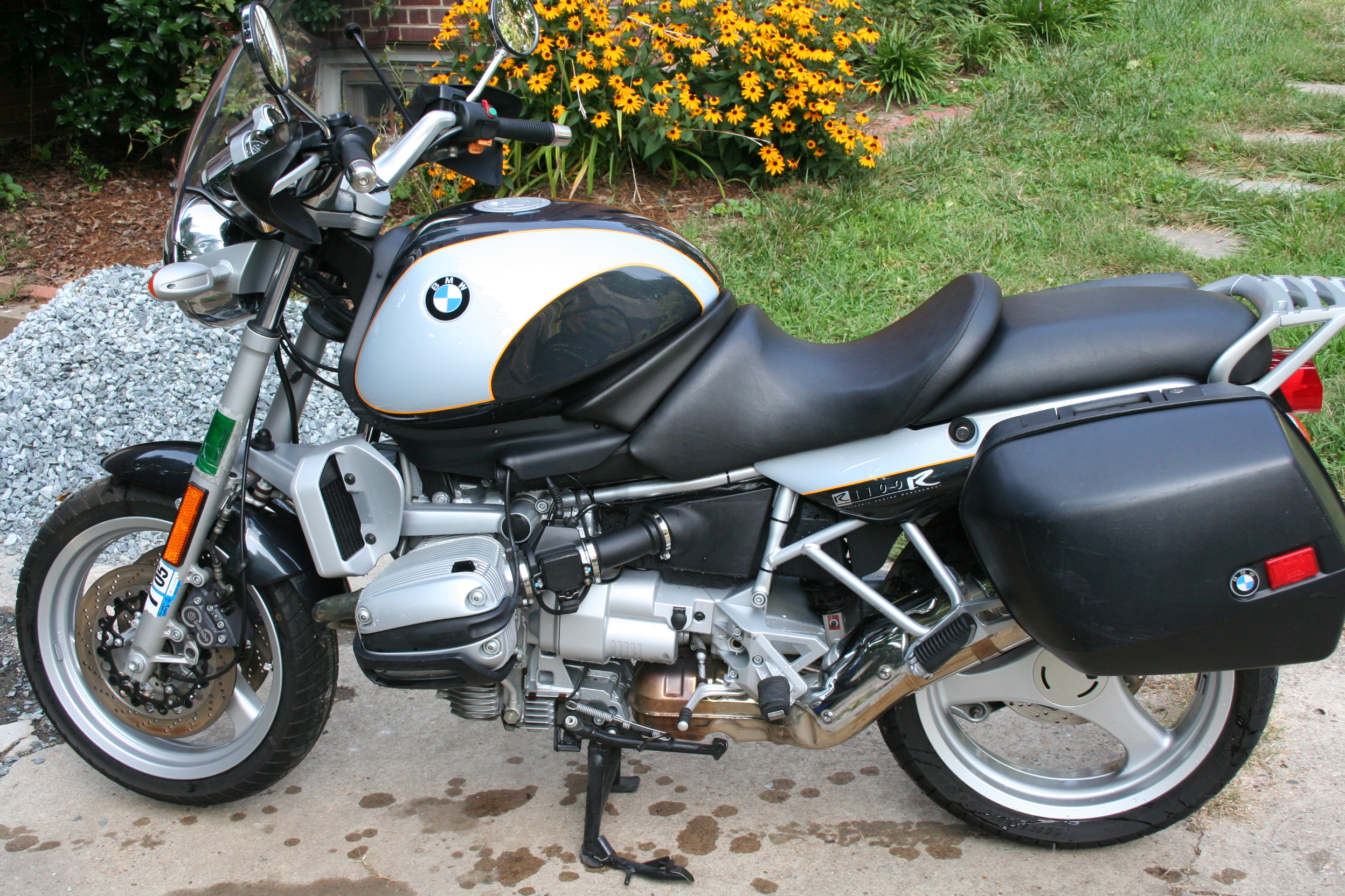 2000 bmw r1100rs image 9. Black Bedroom Furniture Sets. Home Design Ideas