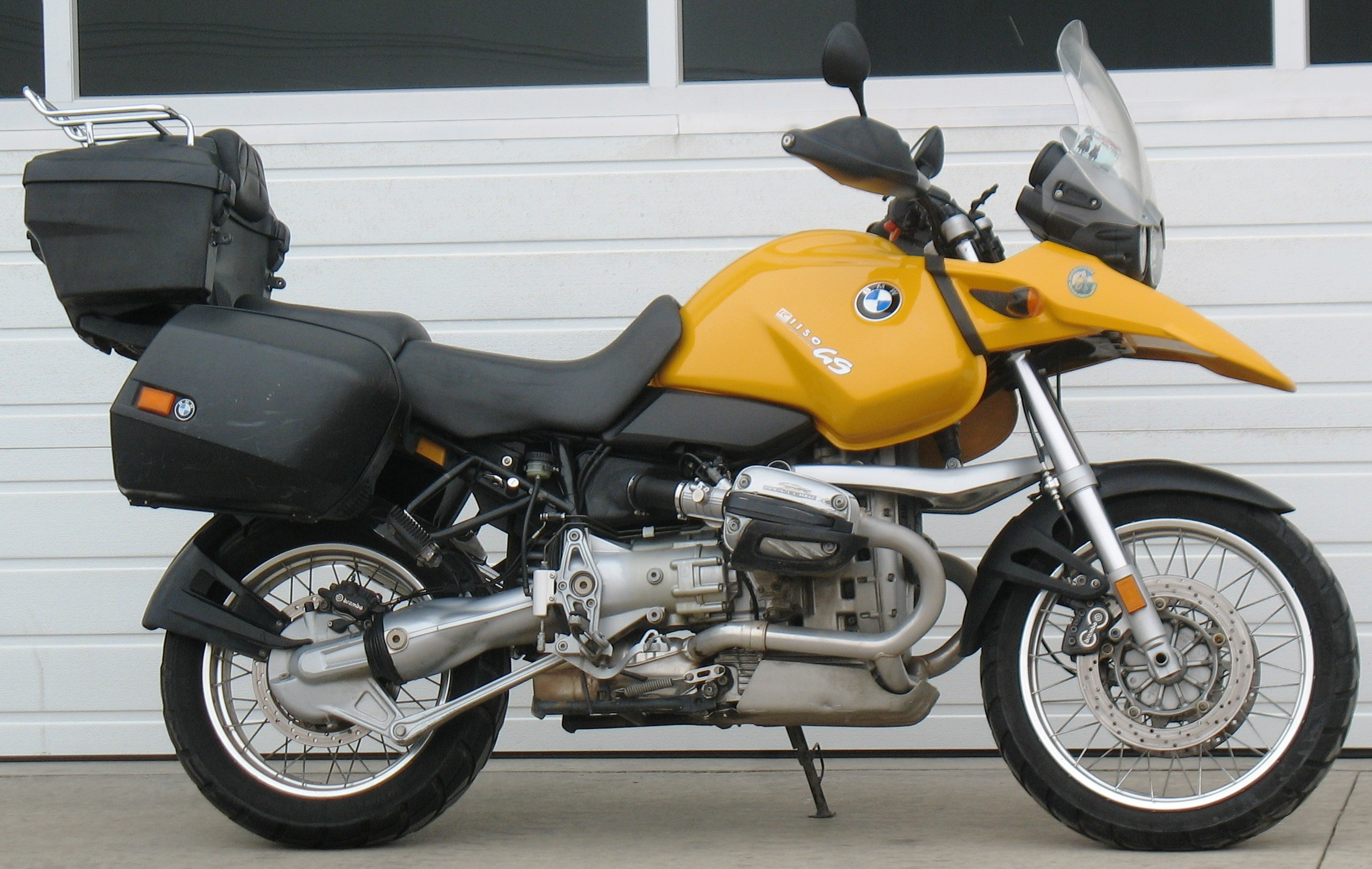 Ssangyong Rodius 2004 likewise Bmw R 90 S 1973 moreover Bmw 3 Series 2015 Engine Tech And Styling Tweaks together with Triple Turbo And Quad Turbo Engines The Only Cars That Feature Them 112870 further Head Gasket Repl. on bmw 3 cylinder engine