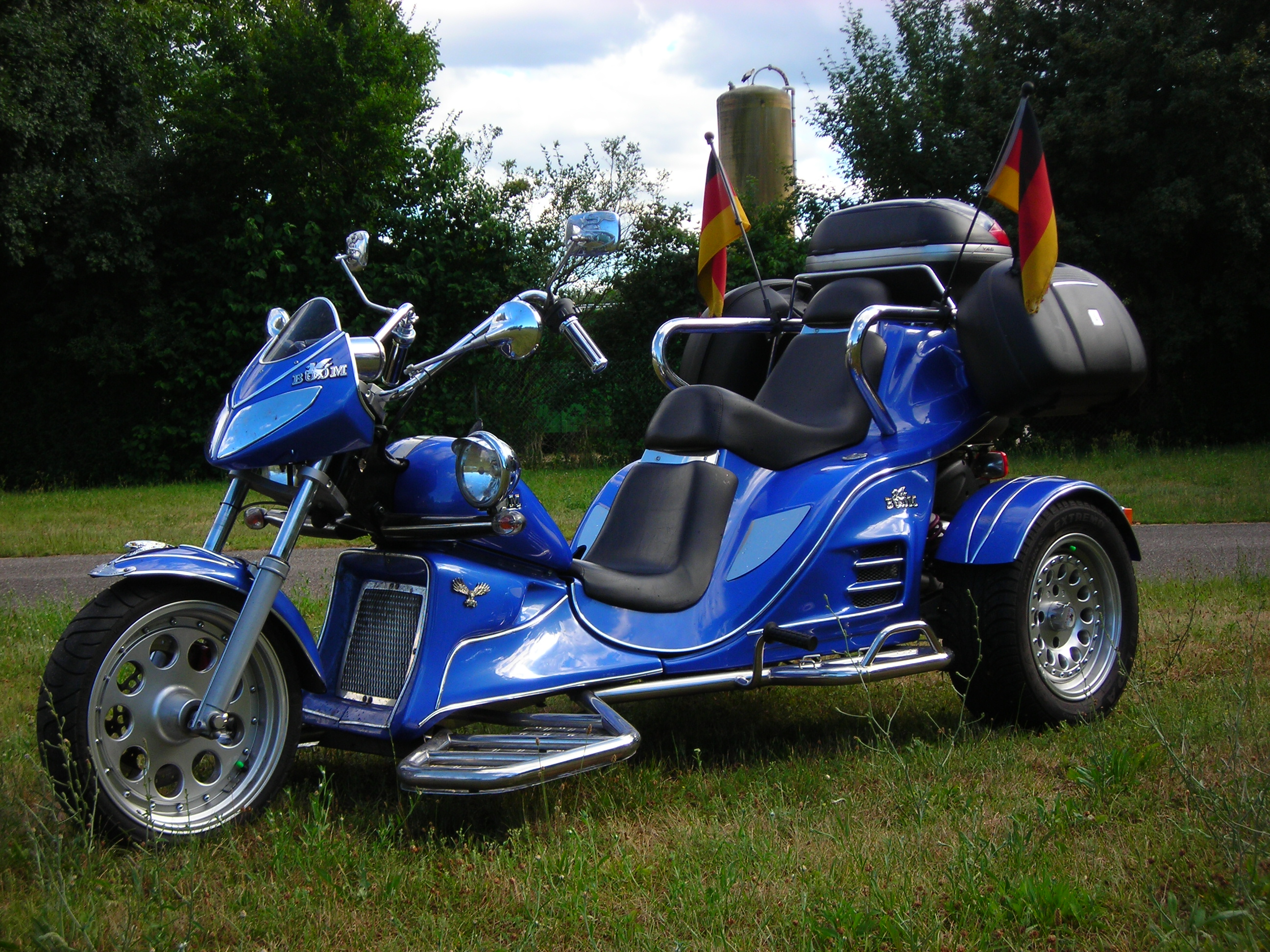 boom trikes boom trikes fun 500 automatic moto zombdrive com. Black Bedroom Furniture Sets. Home Design Ideas