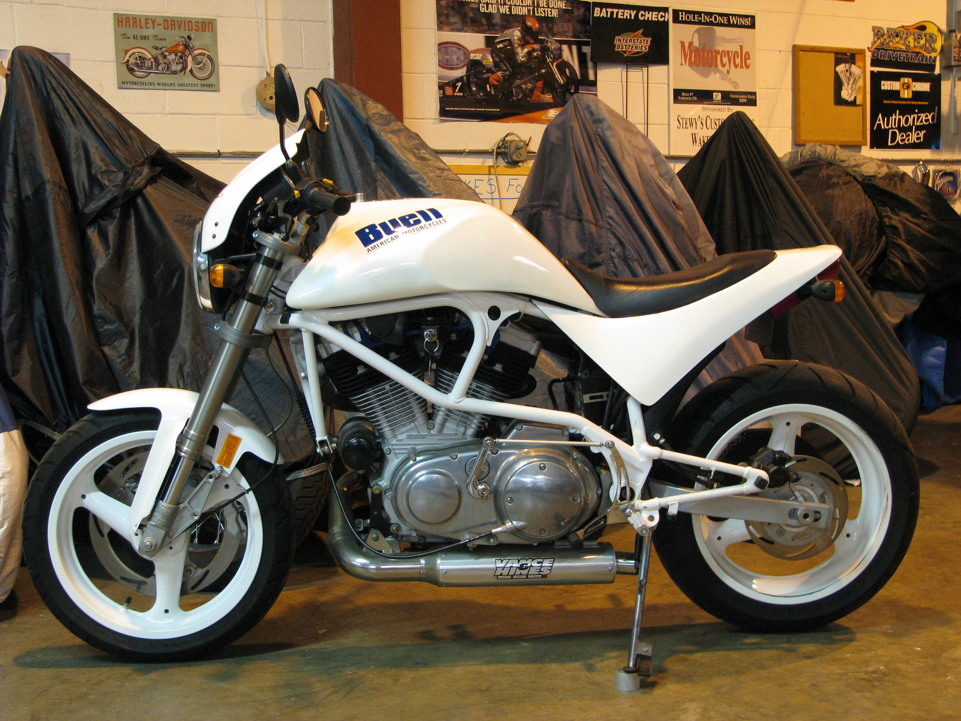 Buell White Lightning #12