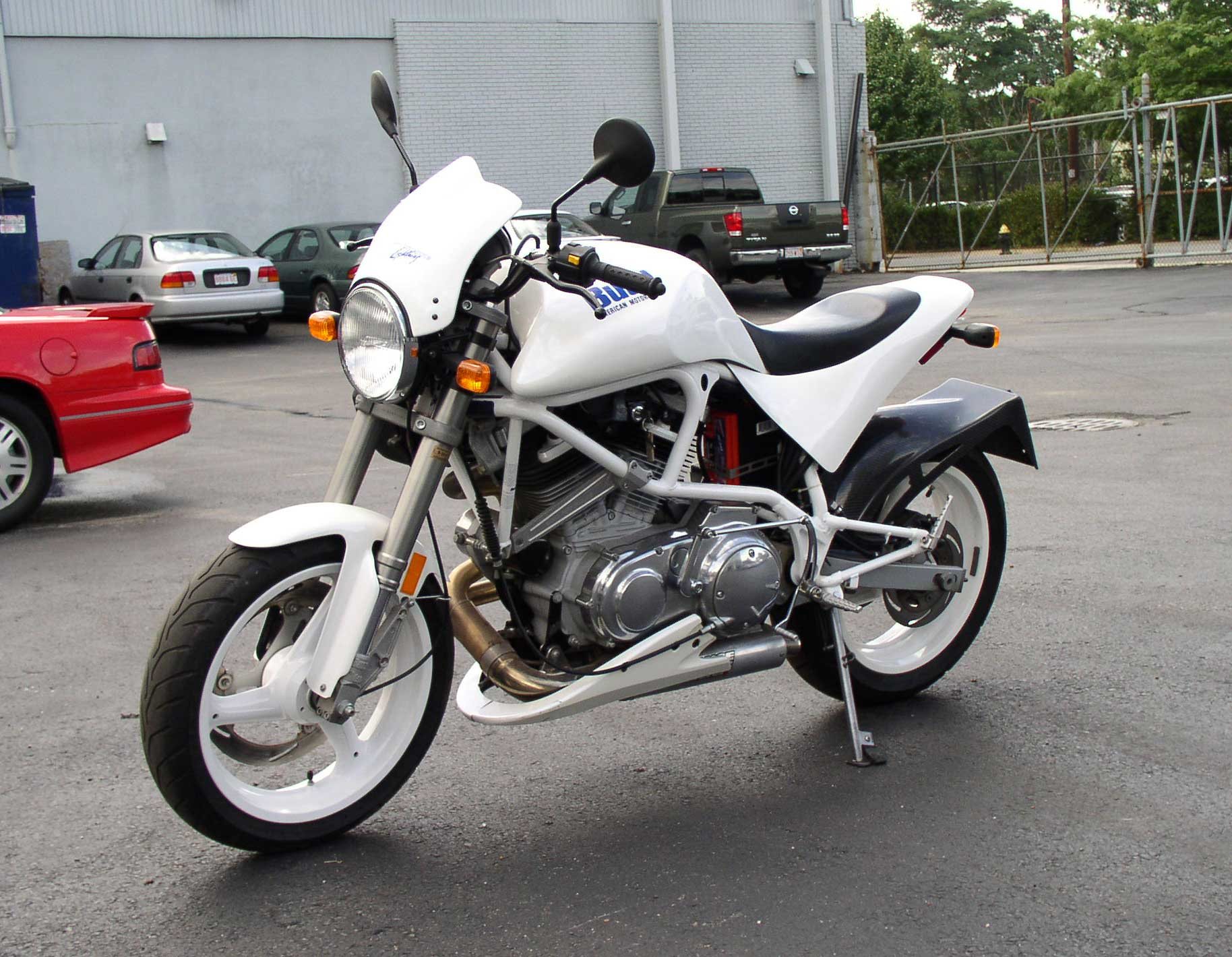 Buell White Lightning #8