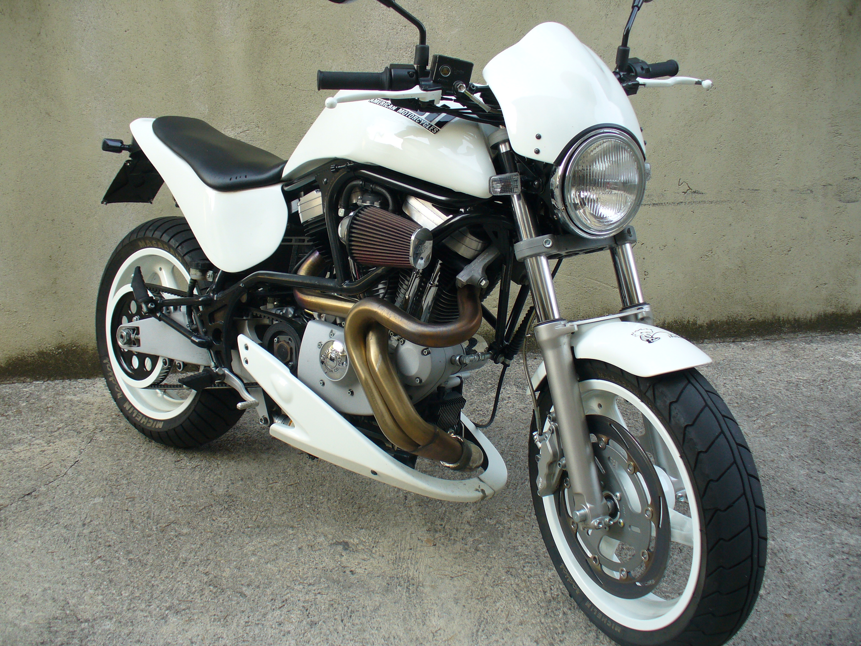 Buell X1W White Lightning 2002 #14