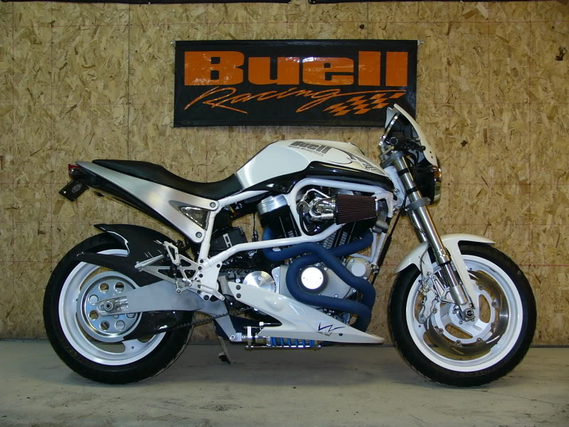 Buell X1W White Lightning 2002 #2