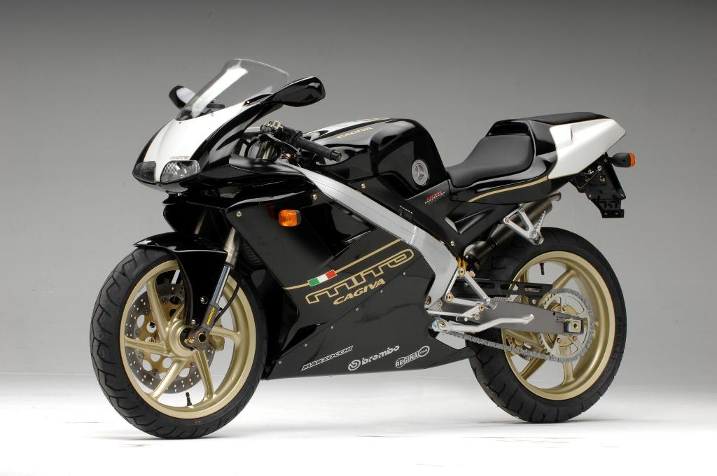 Cagiva Mito 125: An unrestricted wonder #8