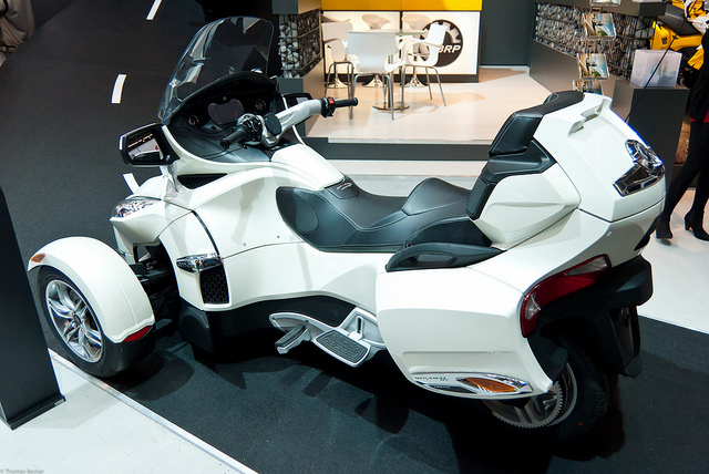 Can-Am Spyder Roadster RT Limited #9