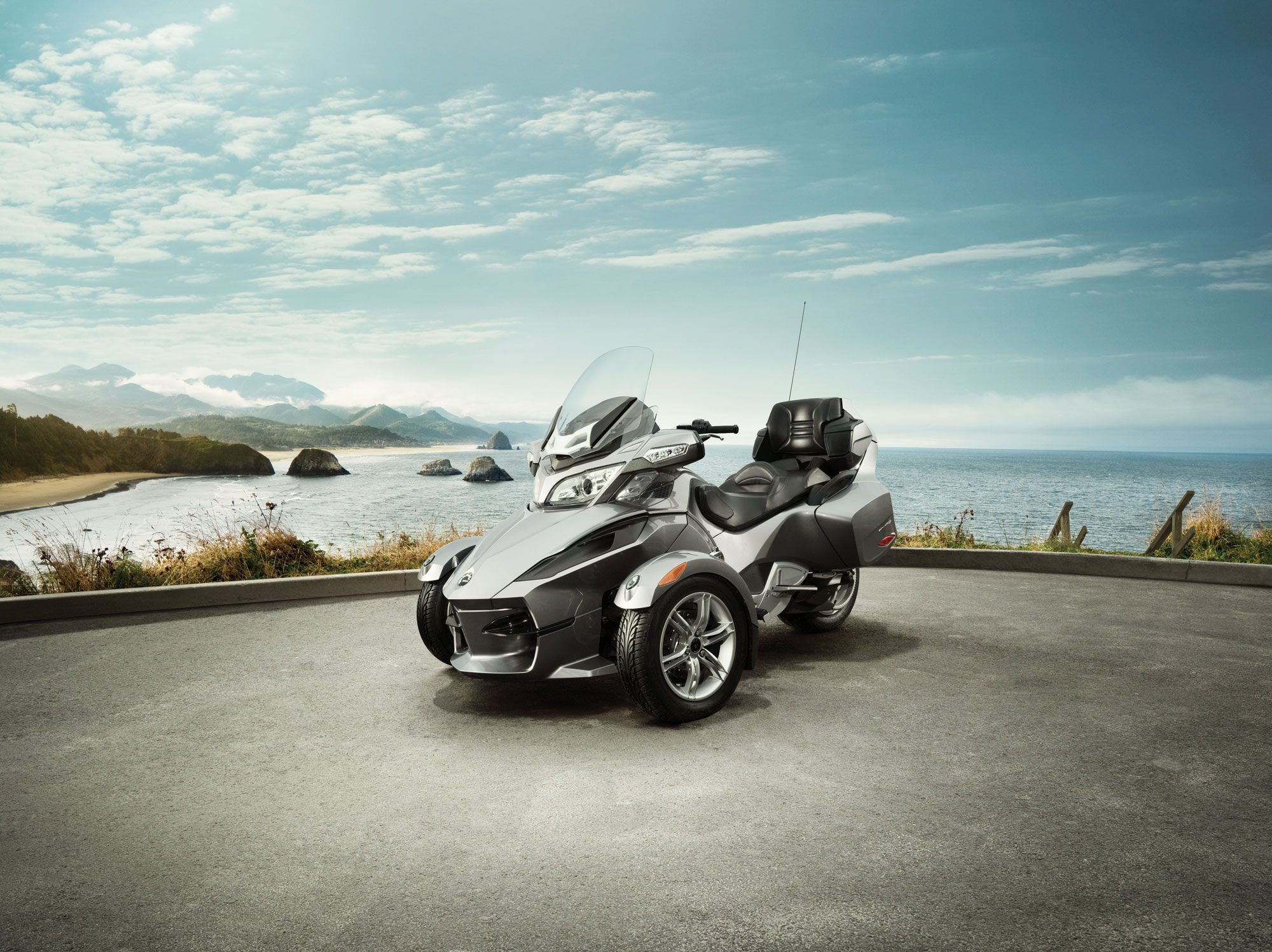 Can-Am Spyder RT Audio #11