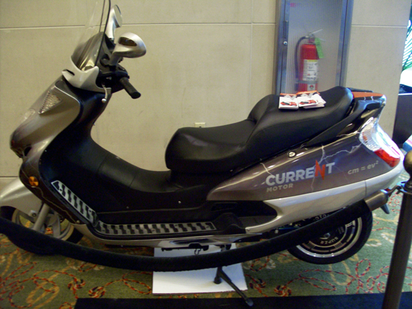 Current Motor Maxi Scooter #3