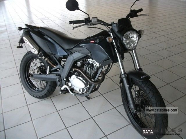 2011 Derbi Cross City 125 #8