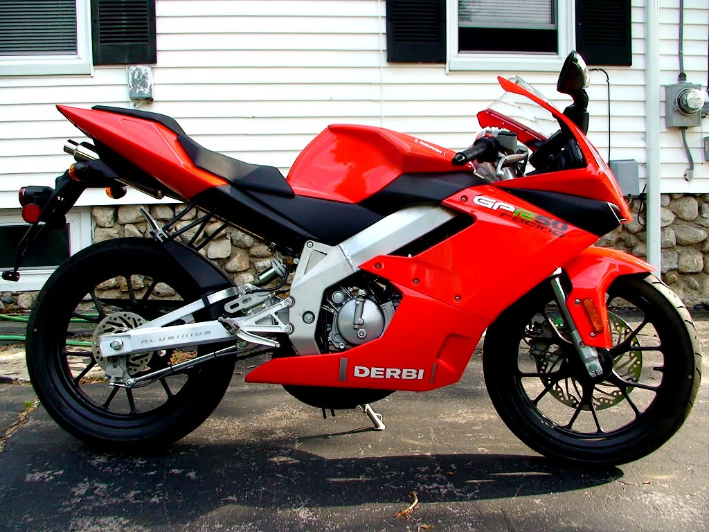 Derbi GPR 50 R Race Replica #8