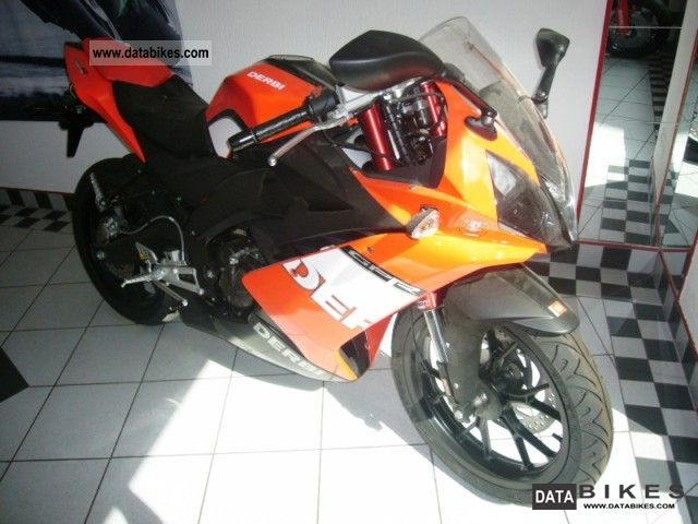 Derbi GPR 50 Racing Replica Di Meglio #8