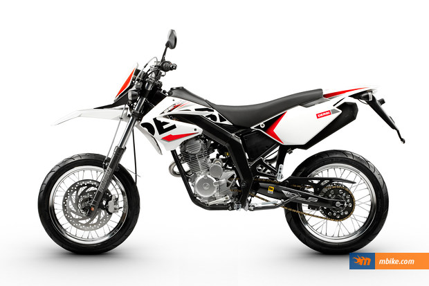 2011 derbi senda baja 125 sm moto zombdrive com. Black Bedroom Furniture Sets. Home Design Ideas