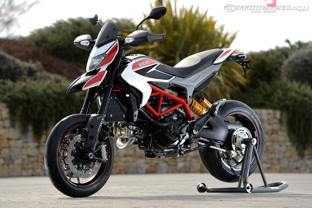 2014 ducati hypermotard sp moto zombdrive com. Black Bedroom Furniture Sets. Home Design Ideas