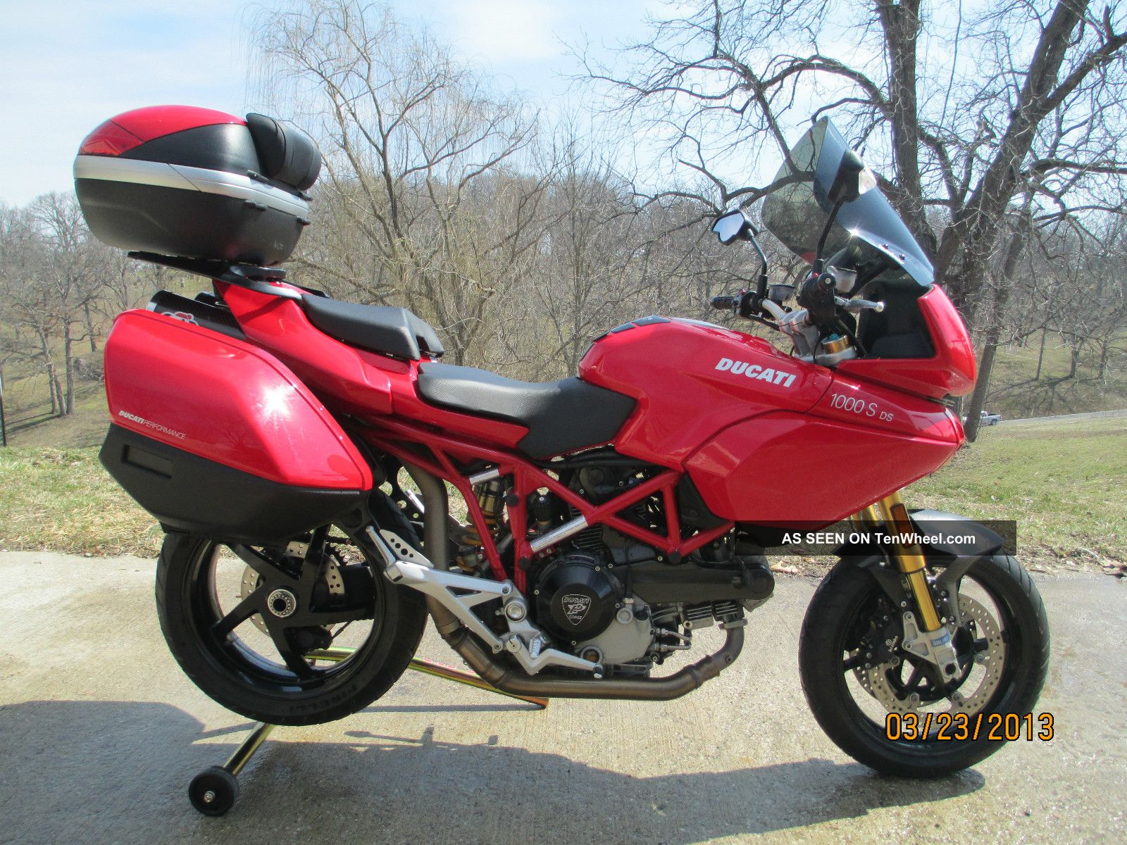 2005 ducati multistrada 1000s ds moto zombdrive com. Black Bedroom Furniture Sets. Home Design Ideas