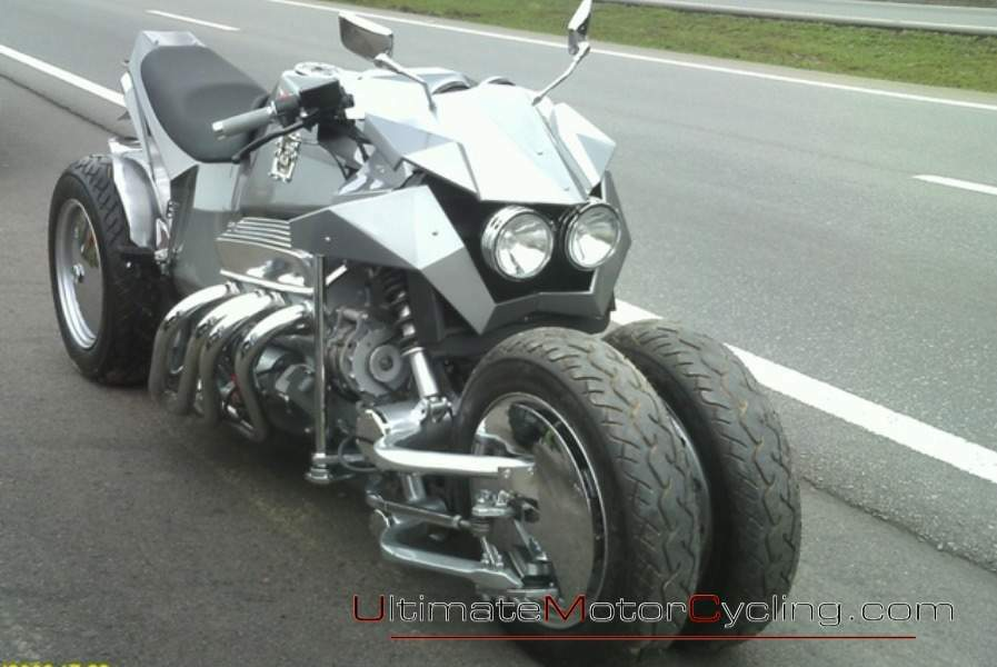 Enjoy the Cosmos Muscle Bikes 2RWF V8, a great muscle bike #6