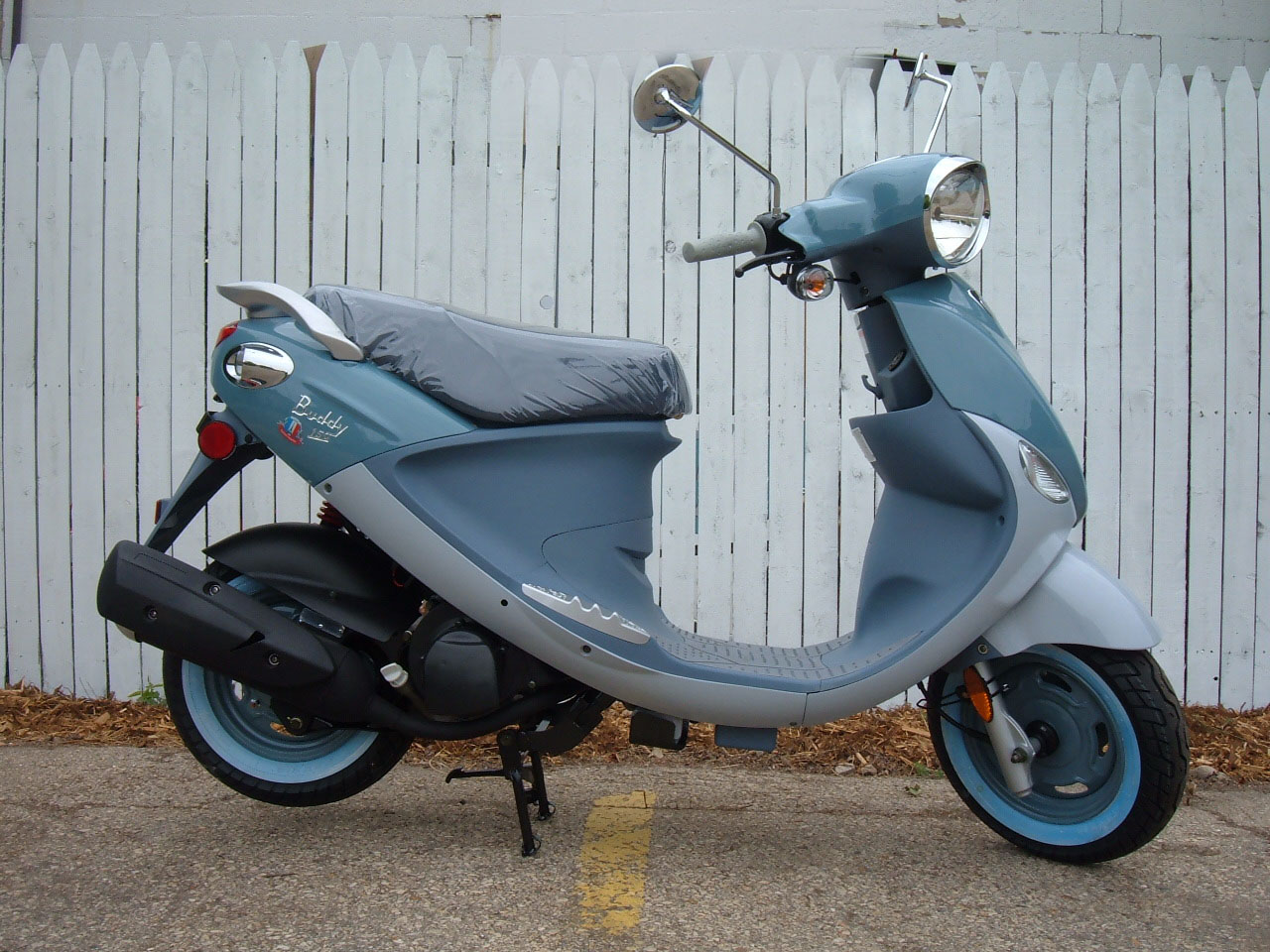 Genuine Scooter Buddy 50 2008 #6