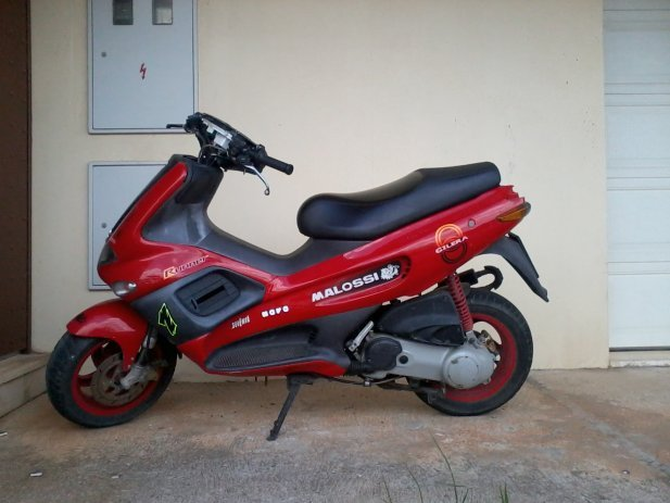 Gilera Runner Racing Replica #8