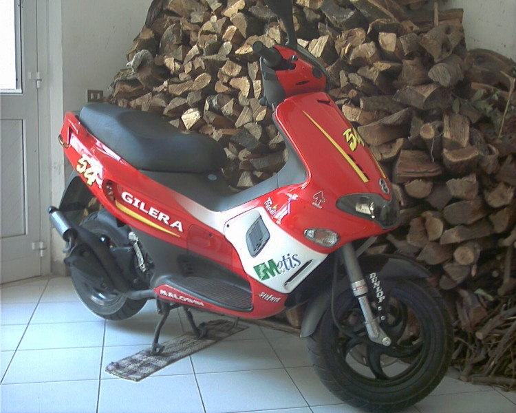Gilera Runner Racing Replica #12