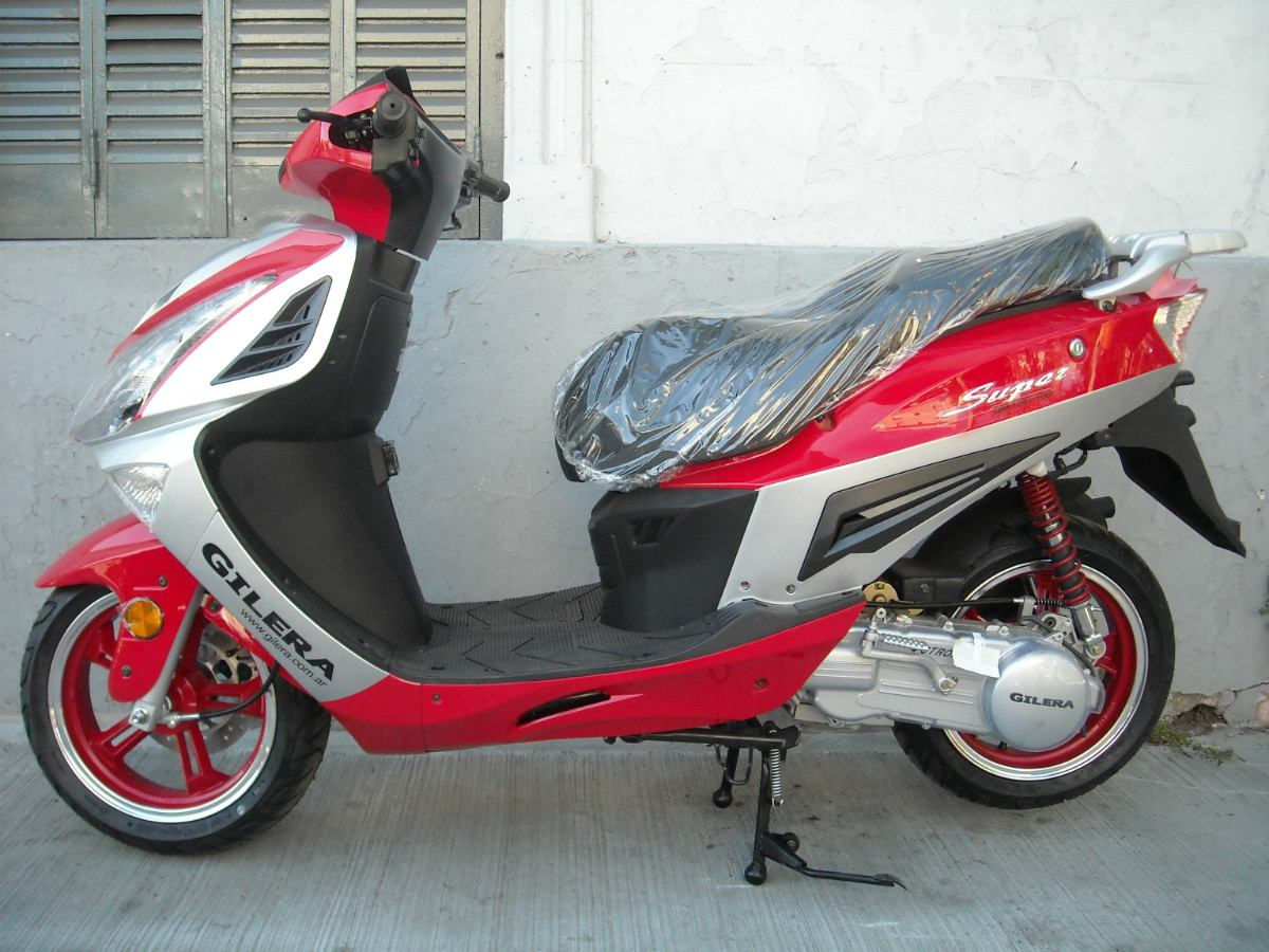 Gilera Scooter #9