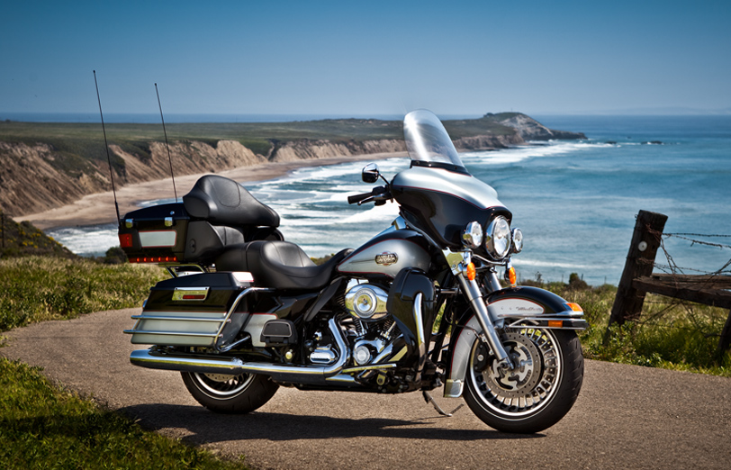 Harley-Davidson Electra Glide Classic #12