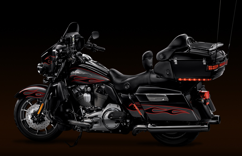 Harley-Davidson Electra Glide Classic #9