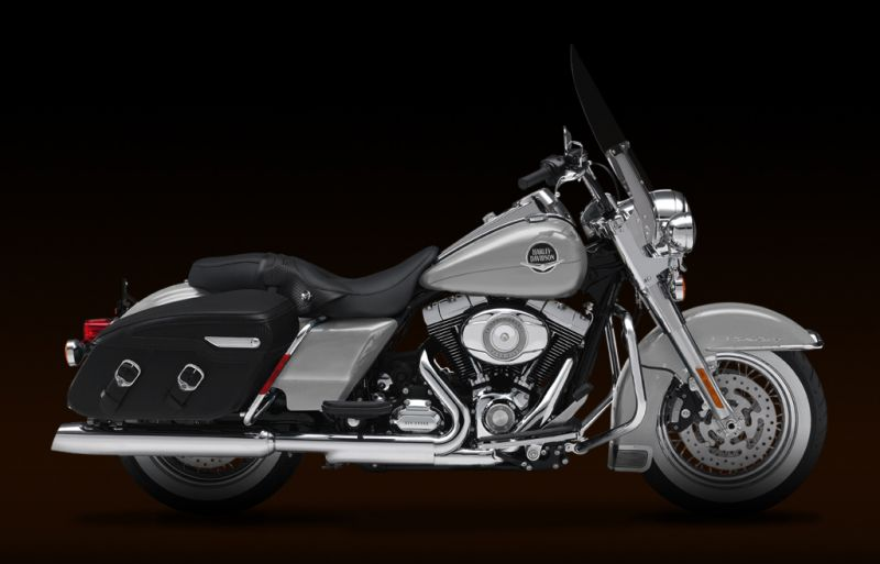 Harley-Davidson FLHRC Road King Classic 2011 #10