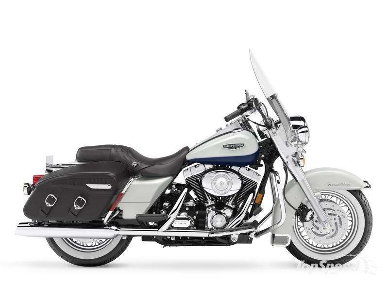 Harley-Davidson FLHRC Road King Classic 2011 #6