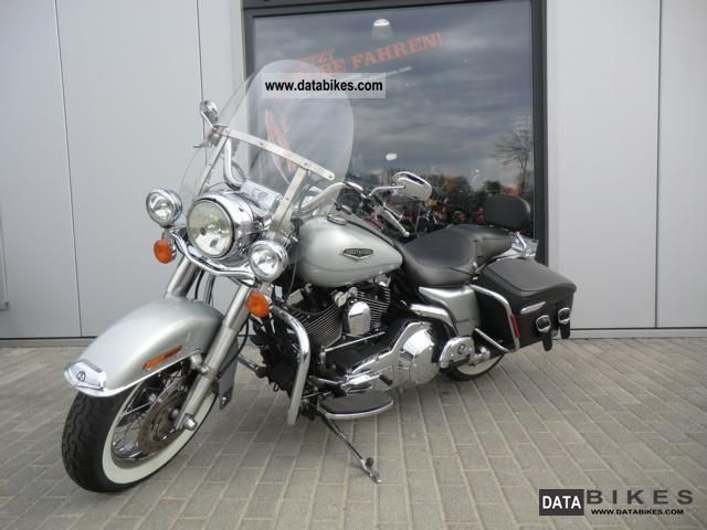 Harley-Davidson FLHRCI Road King Classic #11