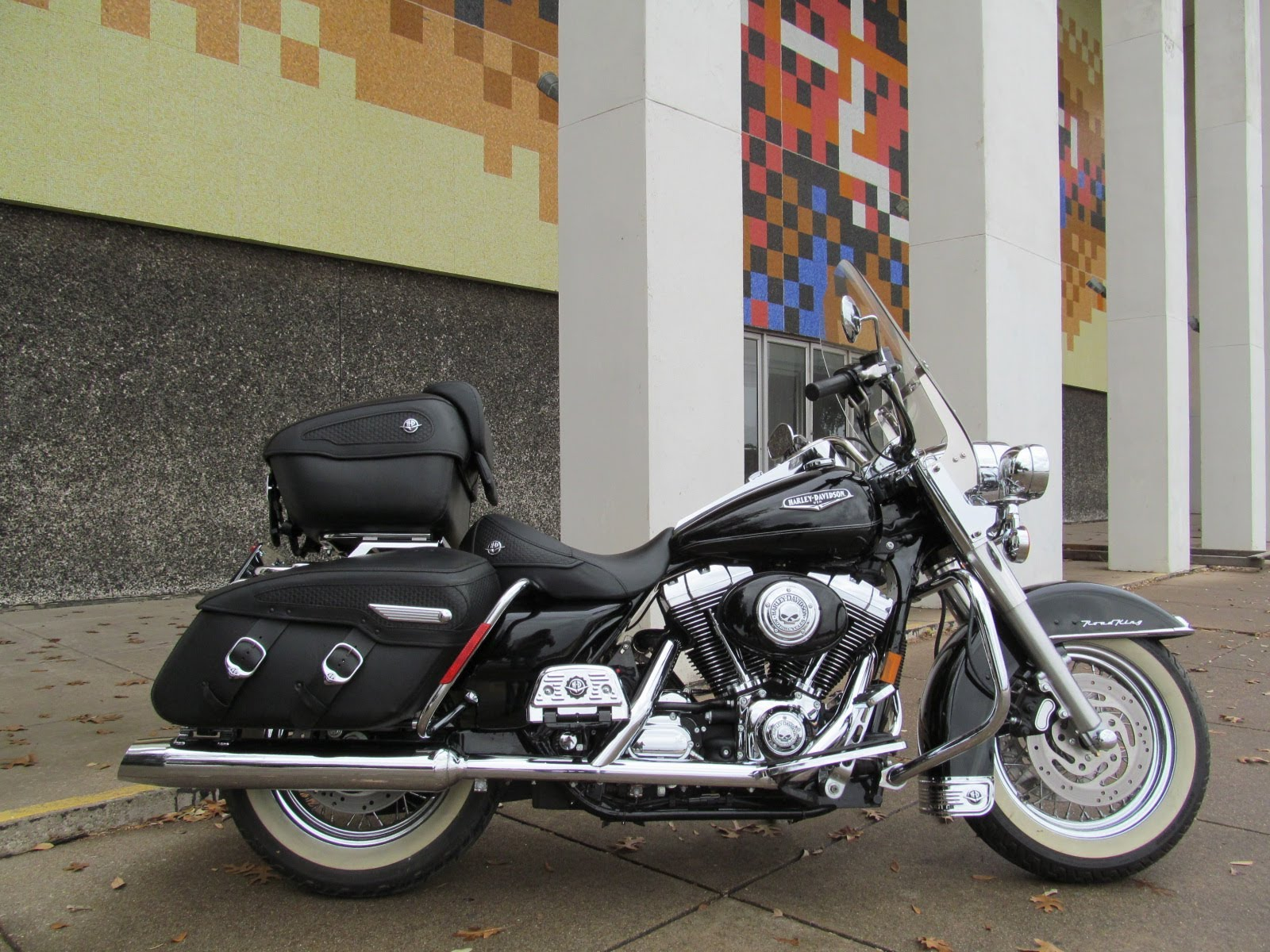 Harley-Davidson FLHRCI Road King Classic 2005 #10