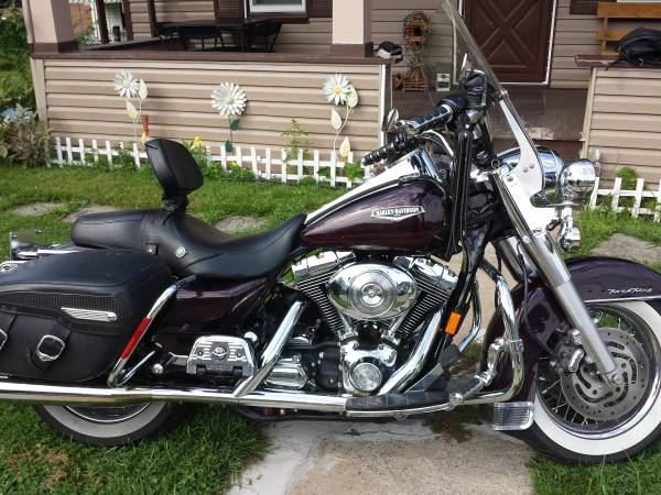 Harley-Davidson FLHRCI Road King Classic 2005 #11