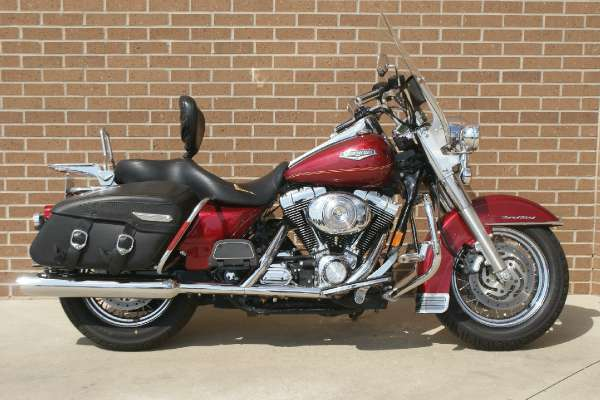 Harley-Davidson FLHRCI Road King Classic 2005 #4