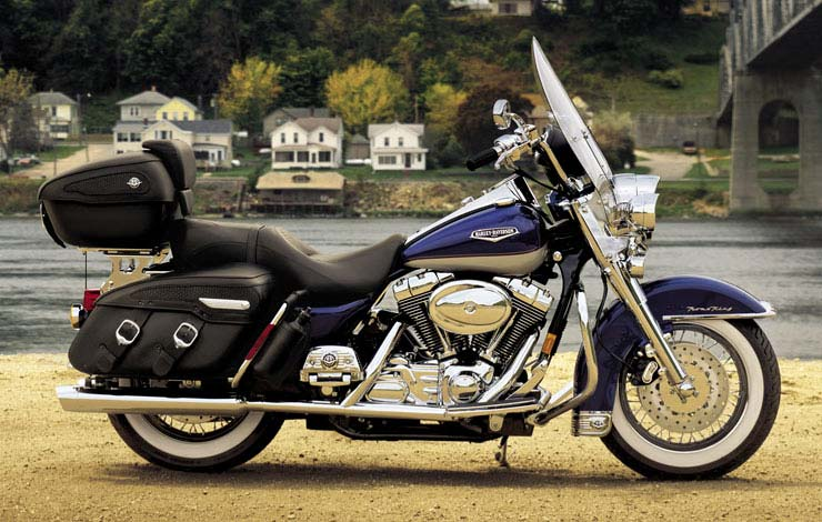 Harley-Davidson FLHRCI Road King Classic 2005 #6