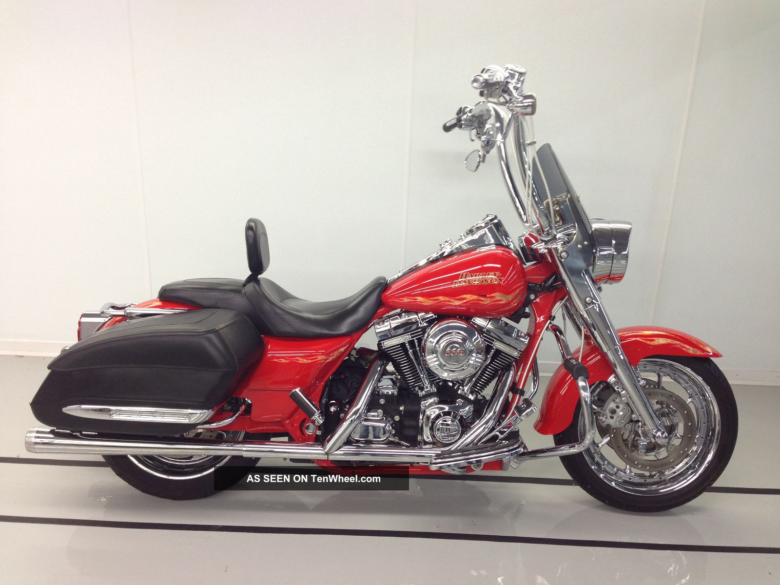 Harley-Davidson FLHRSE Screamin` Eagle Road King #3