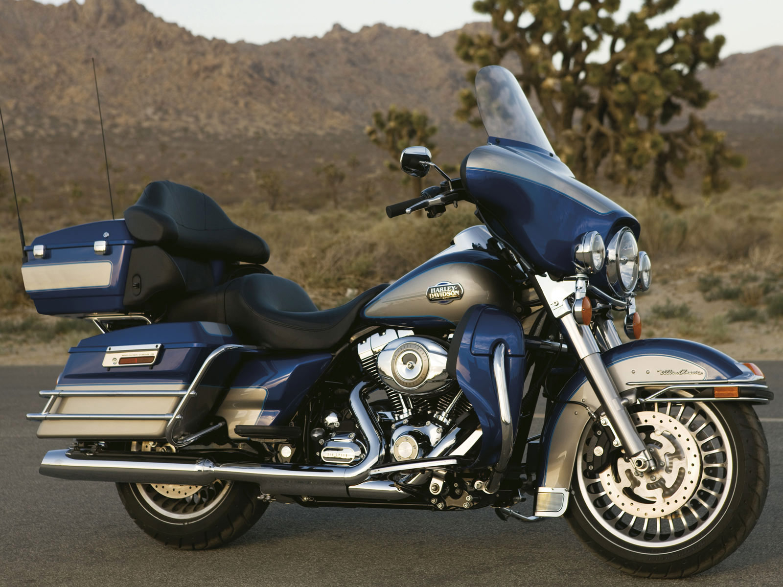 Harley-Davidson FLHTC 1340 Electra Glide Classic 1985 #12