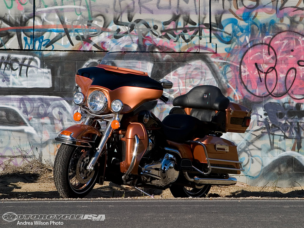 Harley-Davidson FLHTC Electra Glide Classic 2008 #4