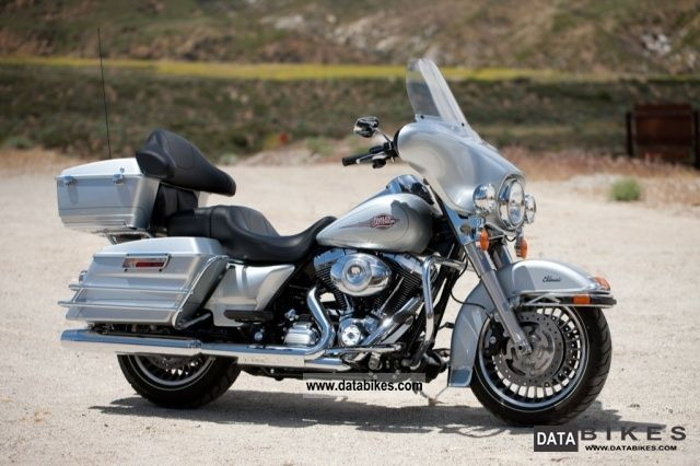 Harley-Davidson FLHTC Electra Glide Classic 2011 #7