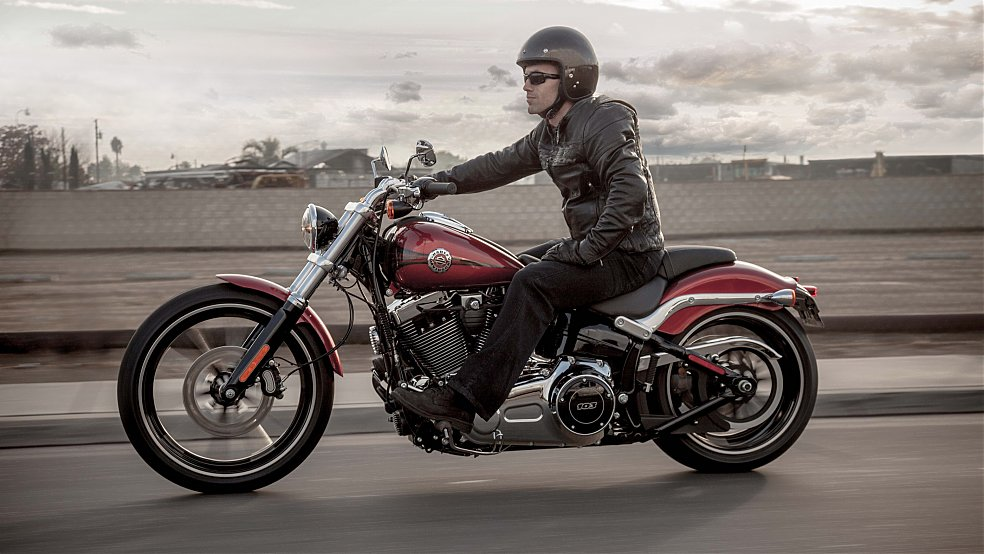 Harley-Davidson Softail Breakout Special Edition #5
