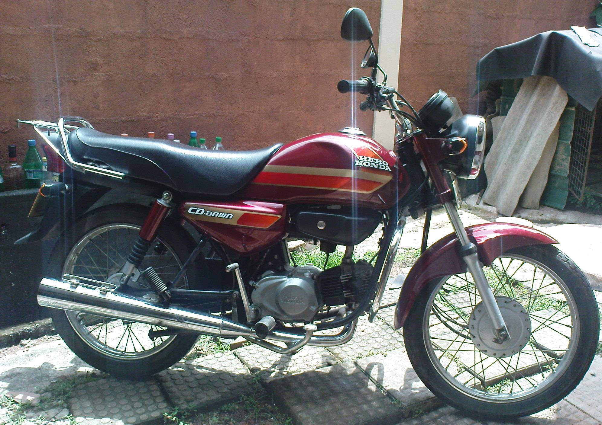 Hero Honda CD Dawn 100 #11