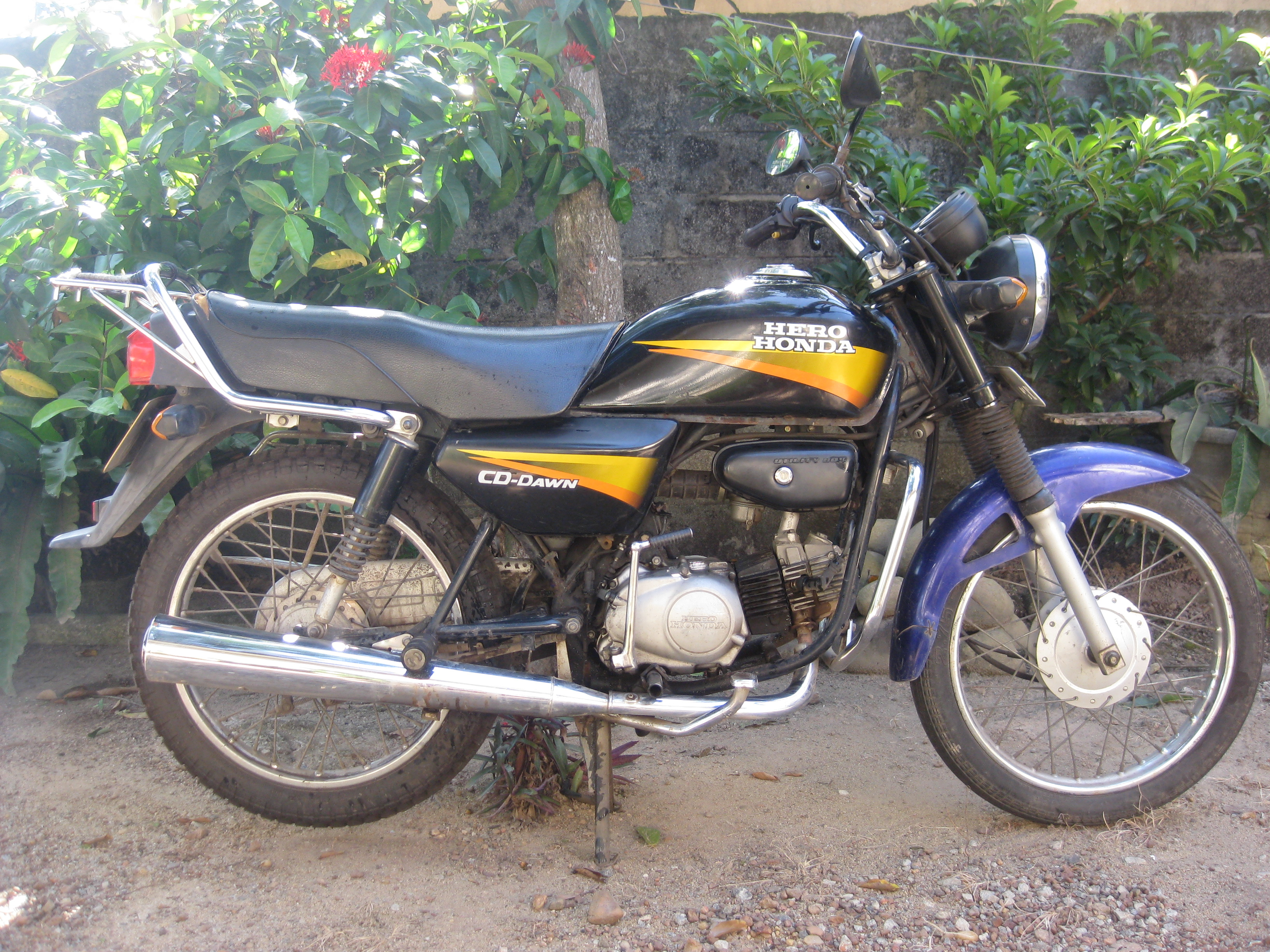 Hero Honda CD Dawn 100 #5