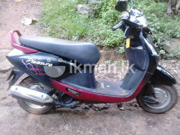 Hero Honda Pleasure 100 2010 #1