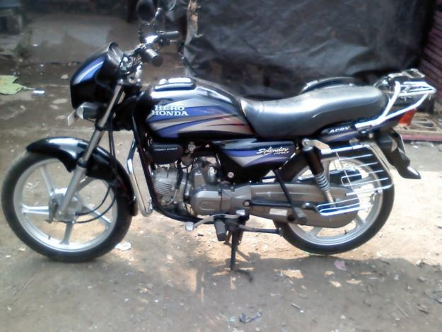Hero Honda Spendor+ #13
