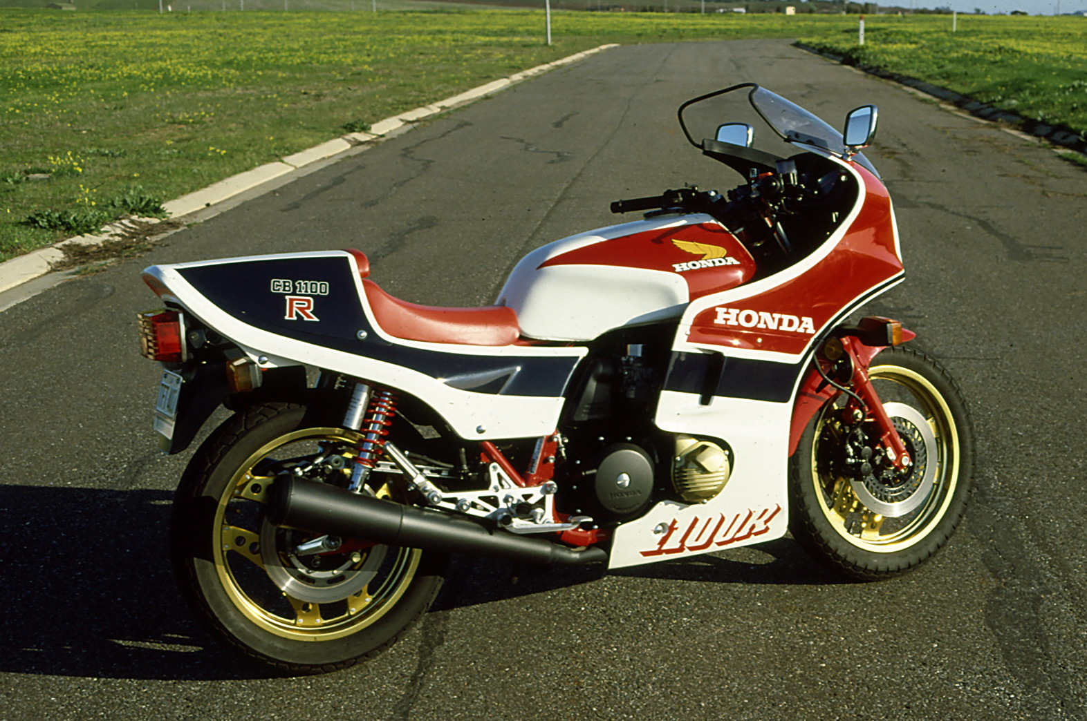 1983 Honda CB1100R (reduced effect) #7