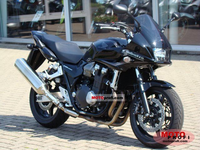 2011 honda cb1300sa moto zombdrive com. Black Bedroom Furniture Sets. Home Design Ideas