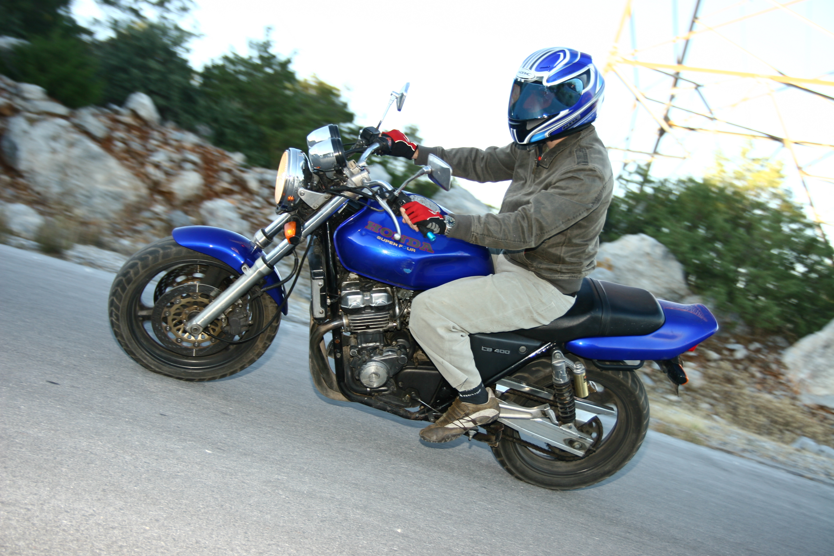 Honda CB400SF: photos and reviews. Motorcycle Specifications 70