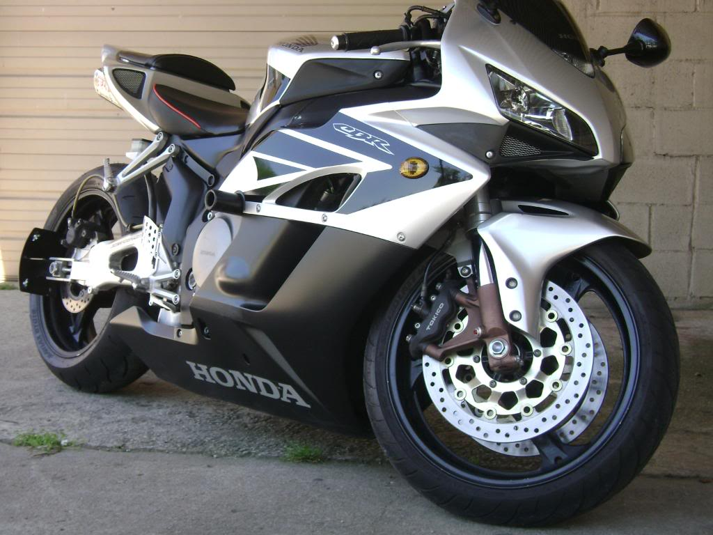 2004 honda cbr1000rr moto zombdrive com. Black Bedroom Furniture Sets. Home Design Ideas