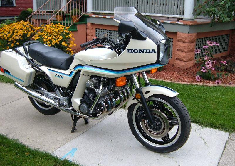 1981 honda cbx moto zombdrive com. Black Bedroom Furniture Sets. Home Design Ideas