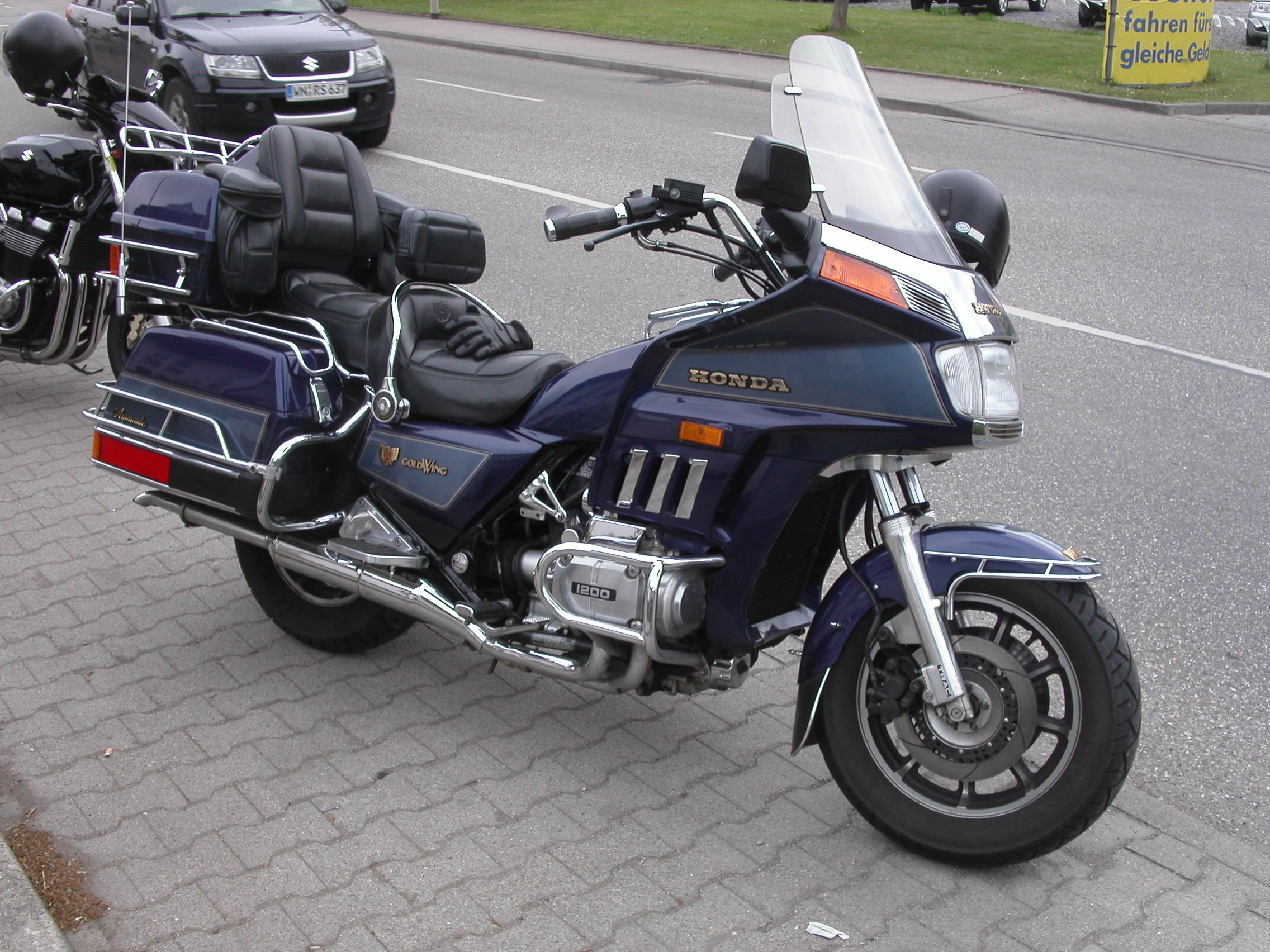 Honda GL1000 Gold Wing 1981 #14