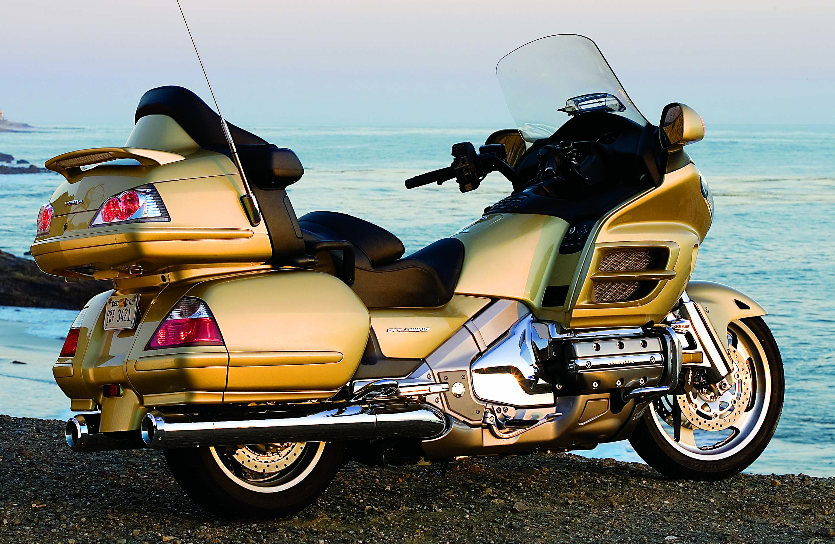 ... Honda GL1800 Gold Wing ABS #15