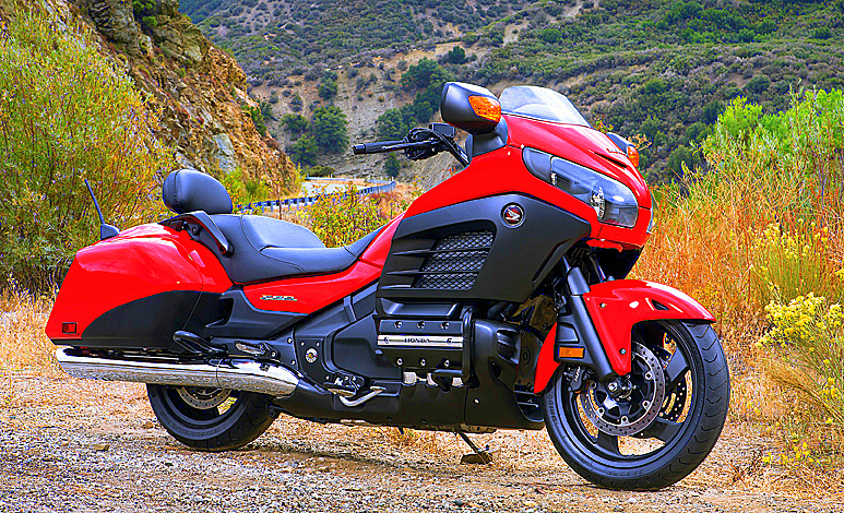 Honda GL1800 Gold Wing Deluxe #6