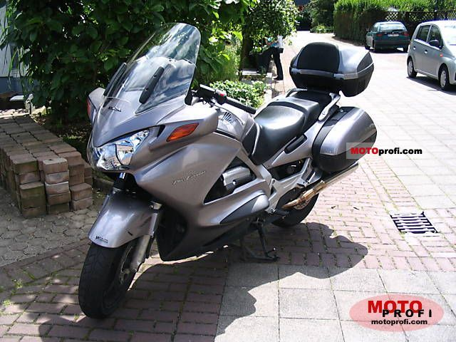 Honda ST1300 Pan-European 2003 #1